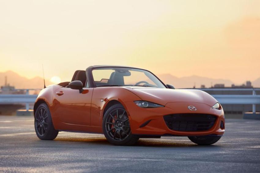 Mazda ฉลองครบรอบ 3 ทศวรรษ MX-5 เผยโฉมรุ่นพิเศษ 3,000 คัน ทั่วโลก