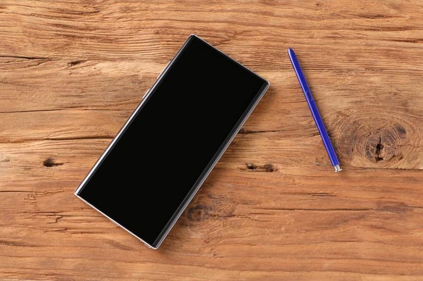 """5 เหตุผลที่ใครๆ ต้องเปลี่ยนมาใช้ """"Galaxy Note 10"""""""